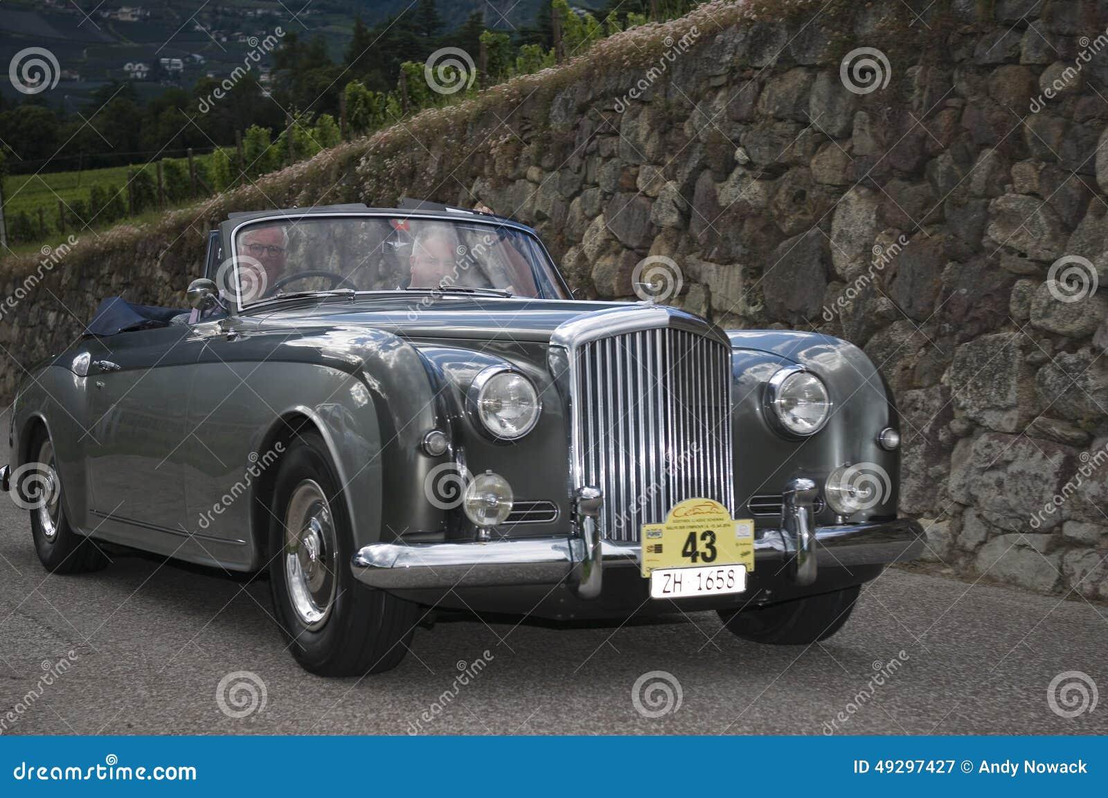 Süd-Tirol klassisches cars_2014_Bentley S1_2