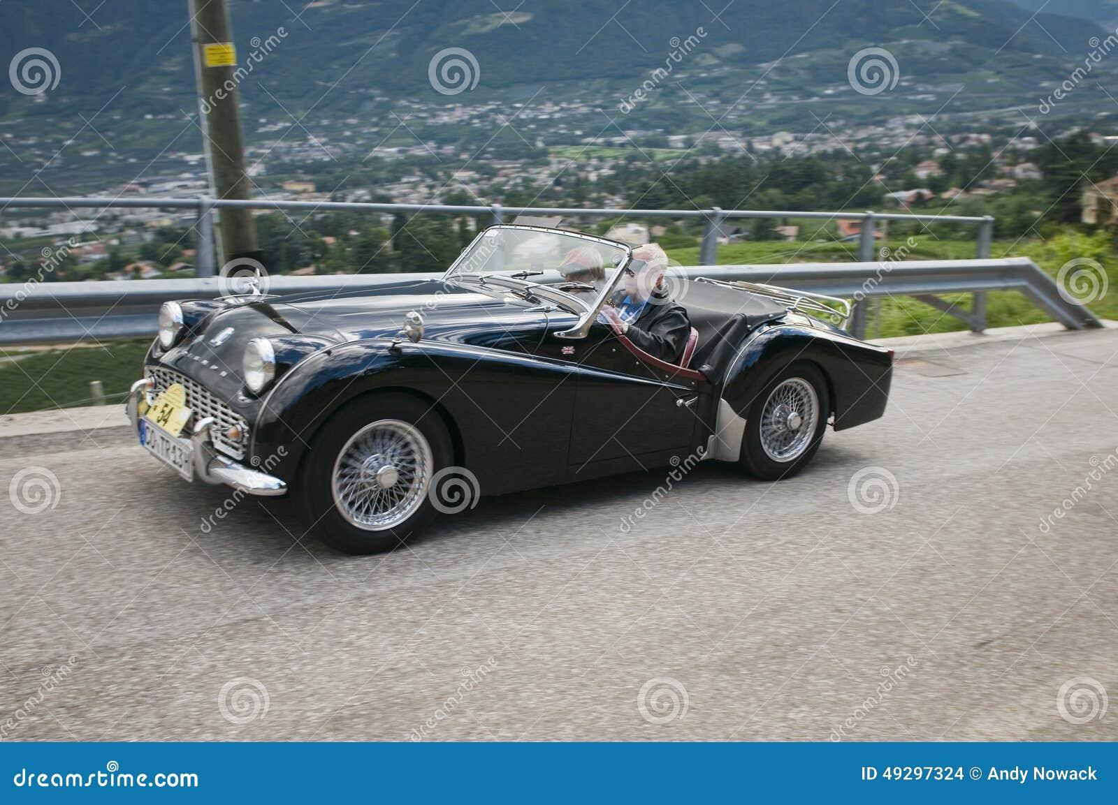 Süd-Tirol klassisches cars_2014_Triumph TR 3