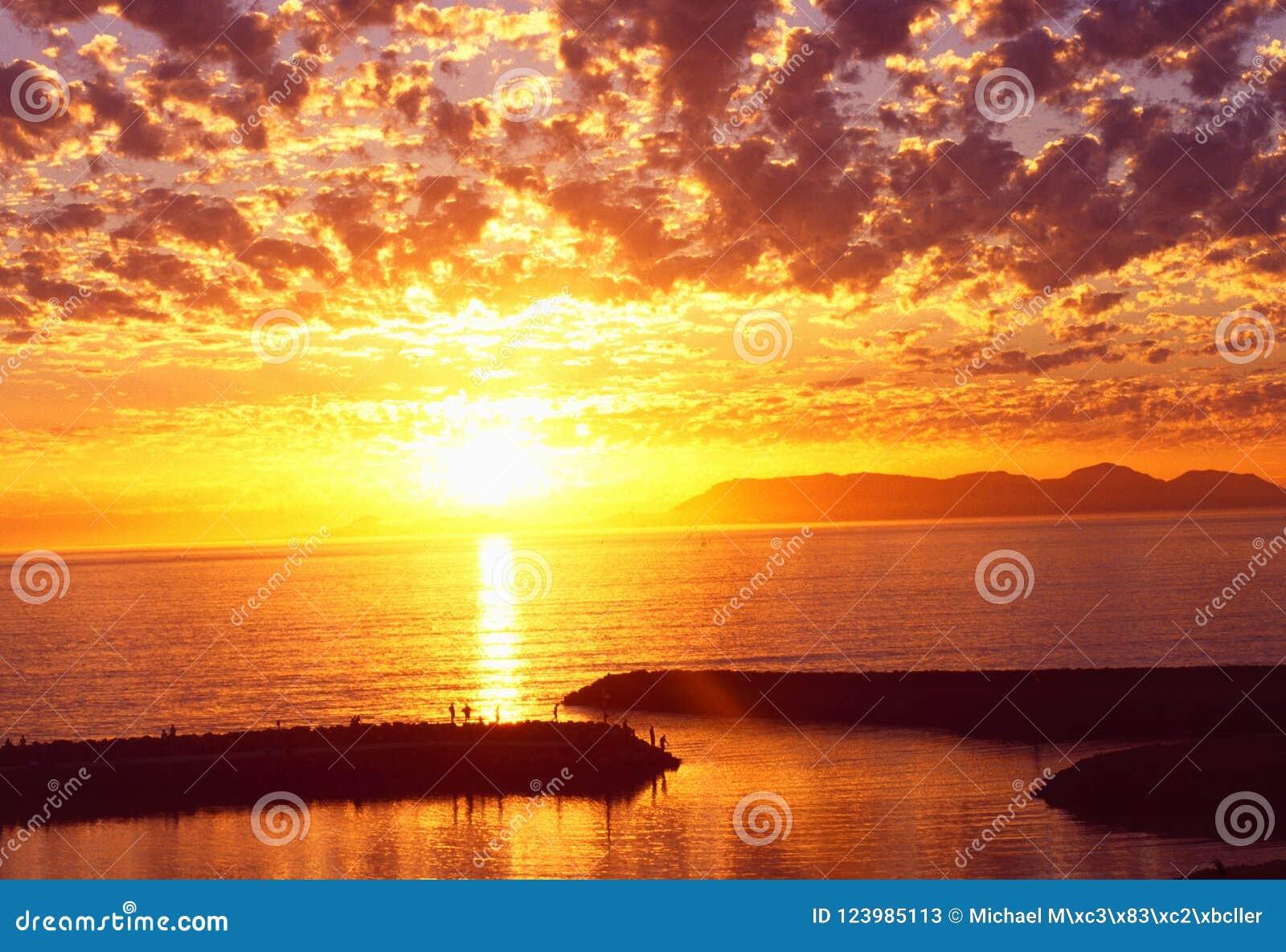 Südafrika: Sonnenuntergang über Gordons-Bucht, Westkap