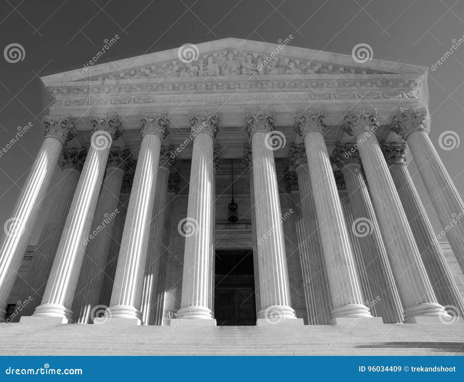 Sąd Najwyższy Czarny I Biały