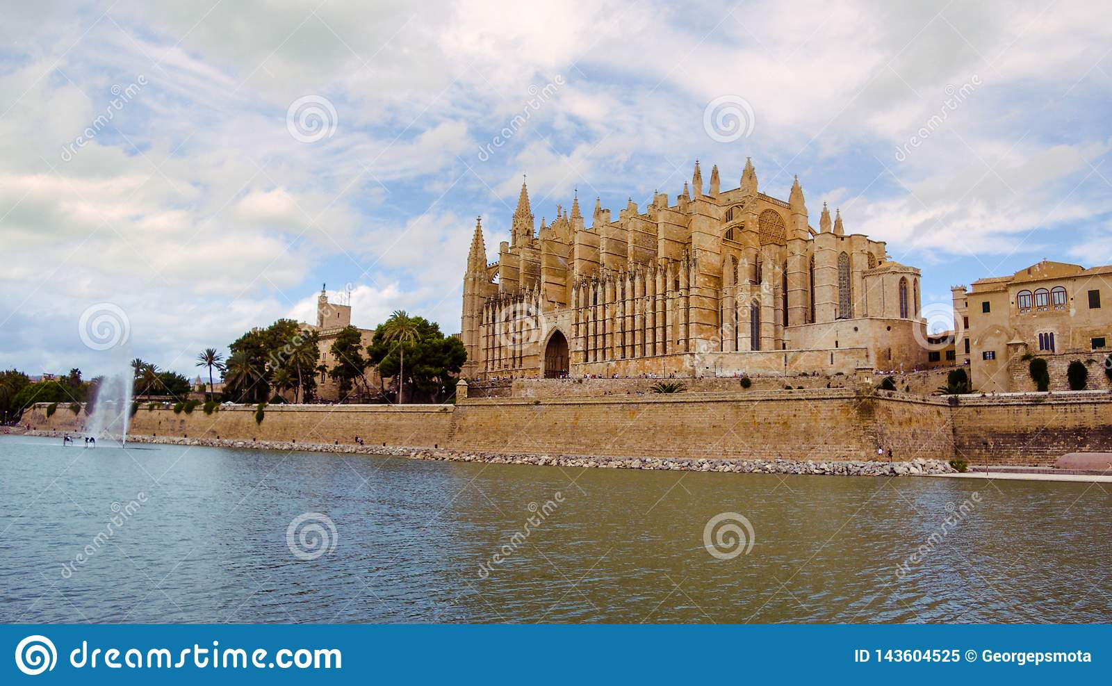 Sławny Katedralny los angeles Seu w Palmie de Mallorca, Hiszpania