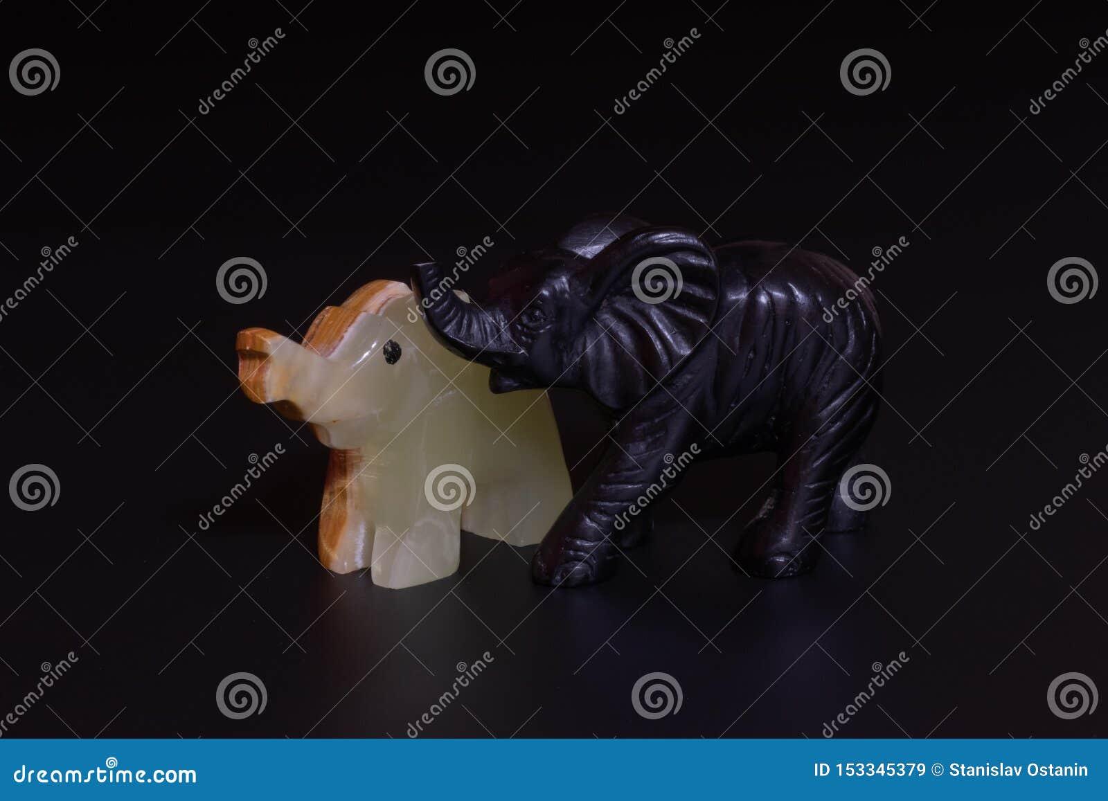 Słoń figurki