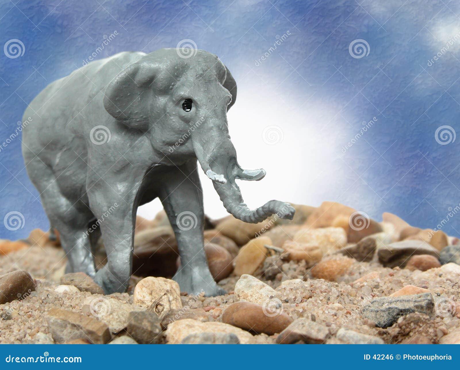Słoń szara zabawka