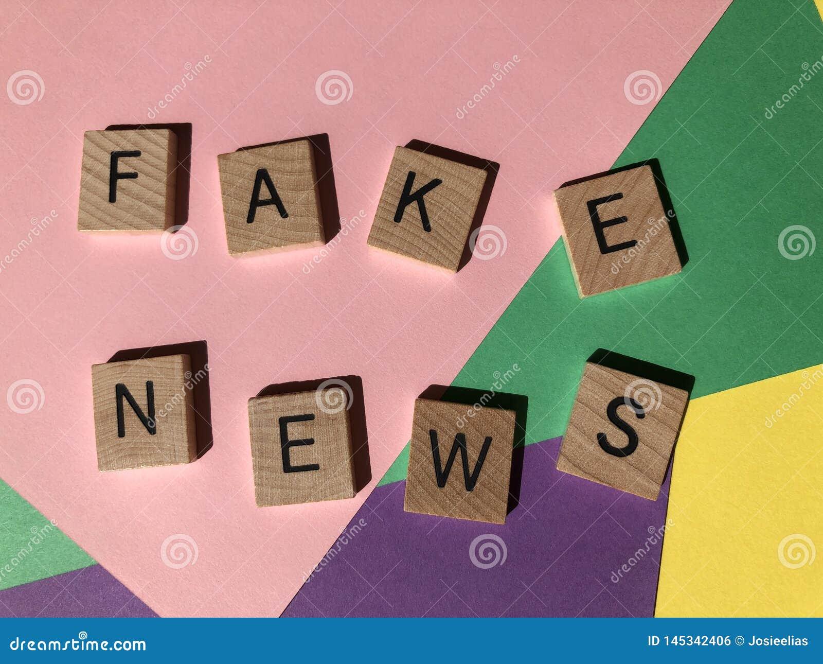 Słowa Fałszują wiadomość, także znać jako dżonki wiadomość lub wiadomość
