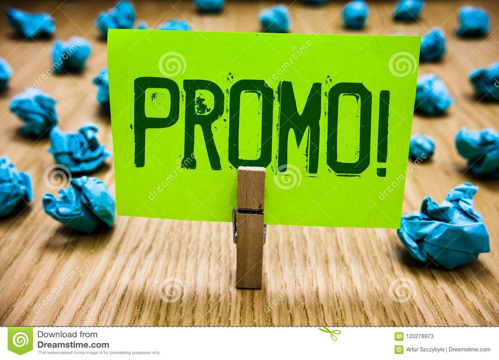 Słowa writing teksta Promo Motywacyjny wezwanie Biznesowy pojęcie dla kawałka reklama rabata Specjalnej oferty sprzedaży papieru