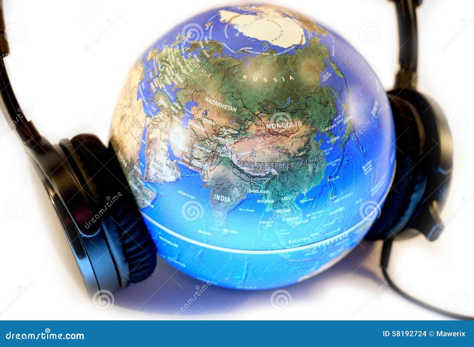 Słucha świat