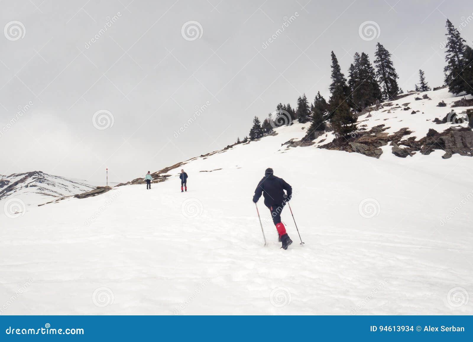 S élever sur la montagne