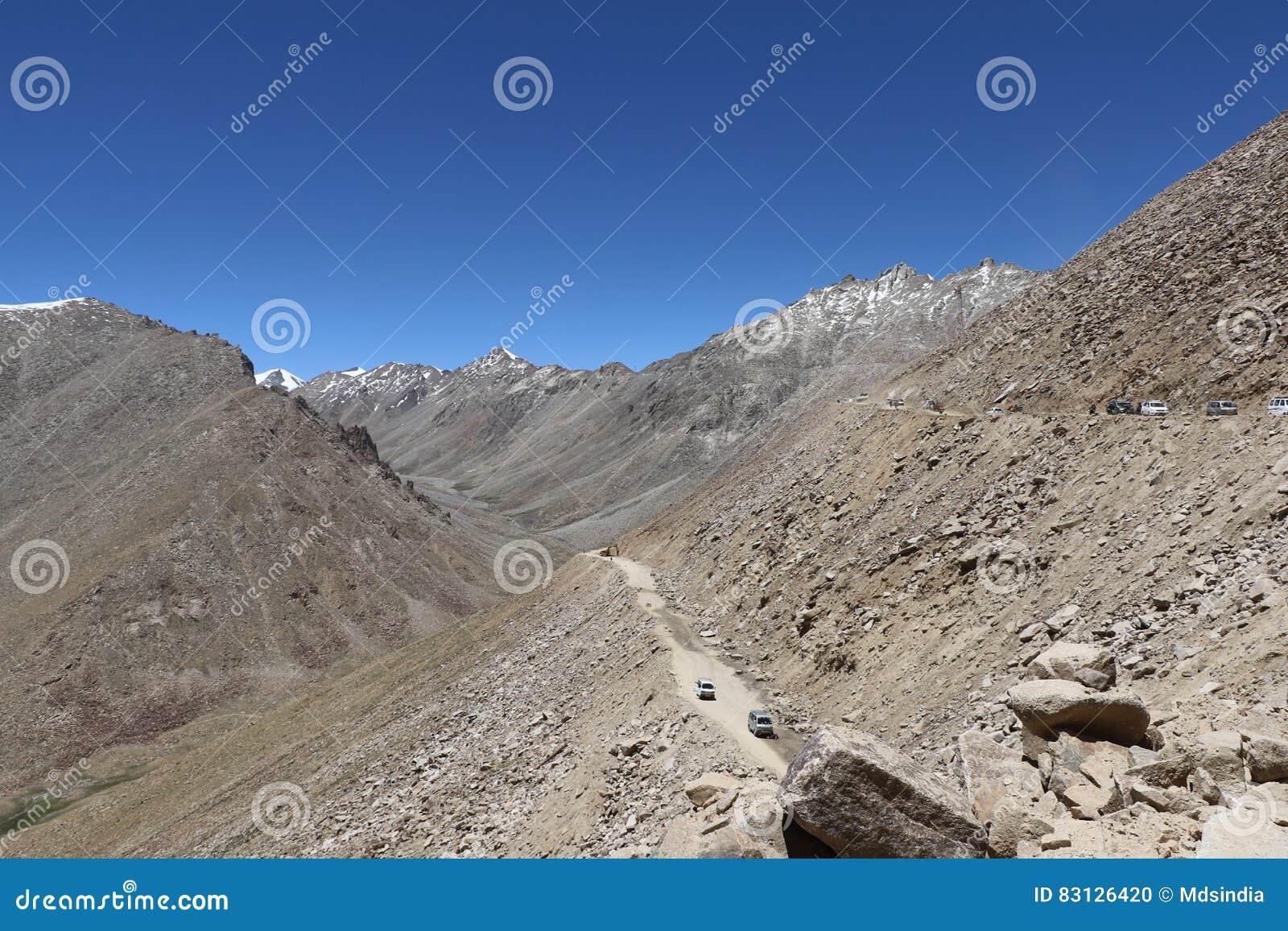 ` S da Índia o mais mortal, estradas muito traiçoeiras e aventurosas das estradas