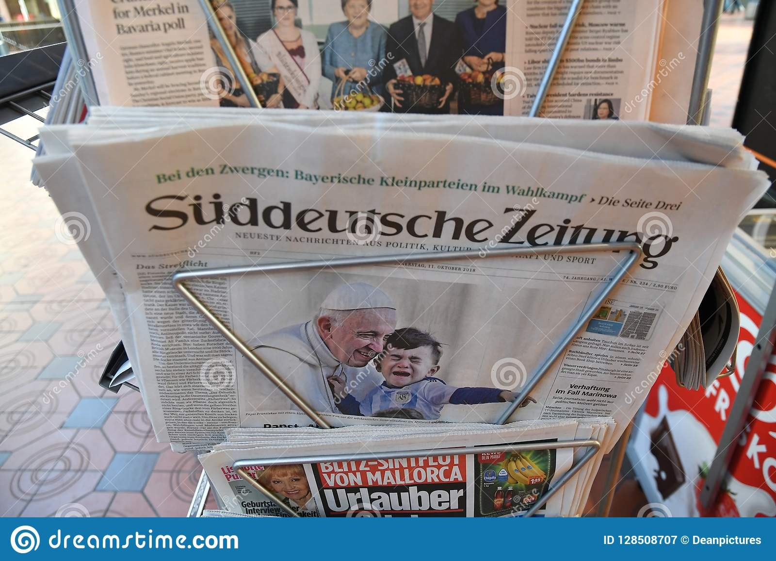 sï deutsche zeitung grman daily on news stand editorial photography