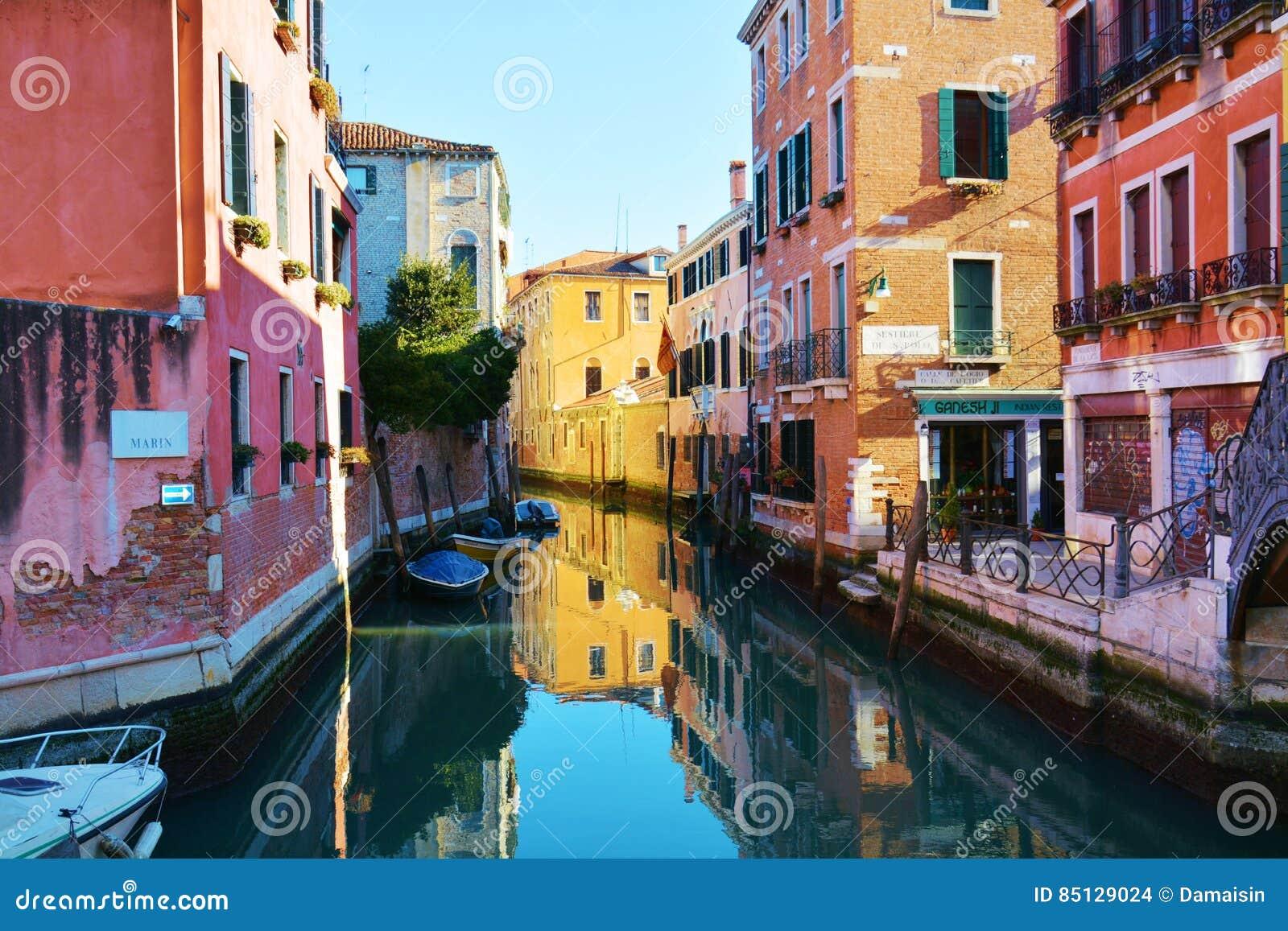 S Dintorni di polo, Venezia, Italia
