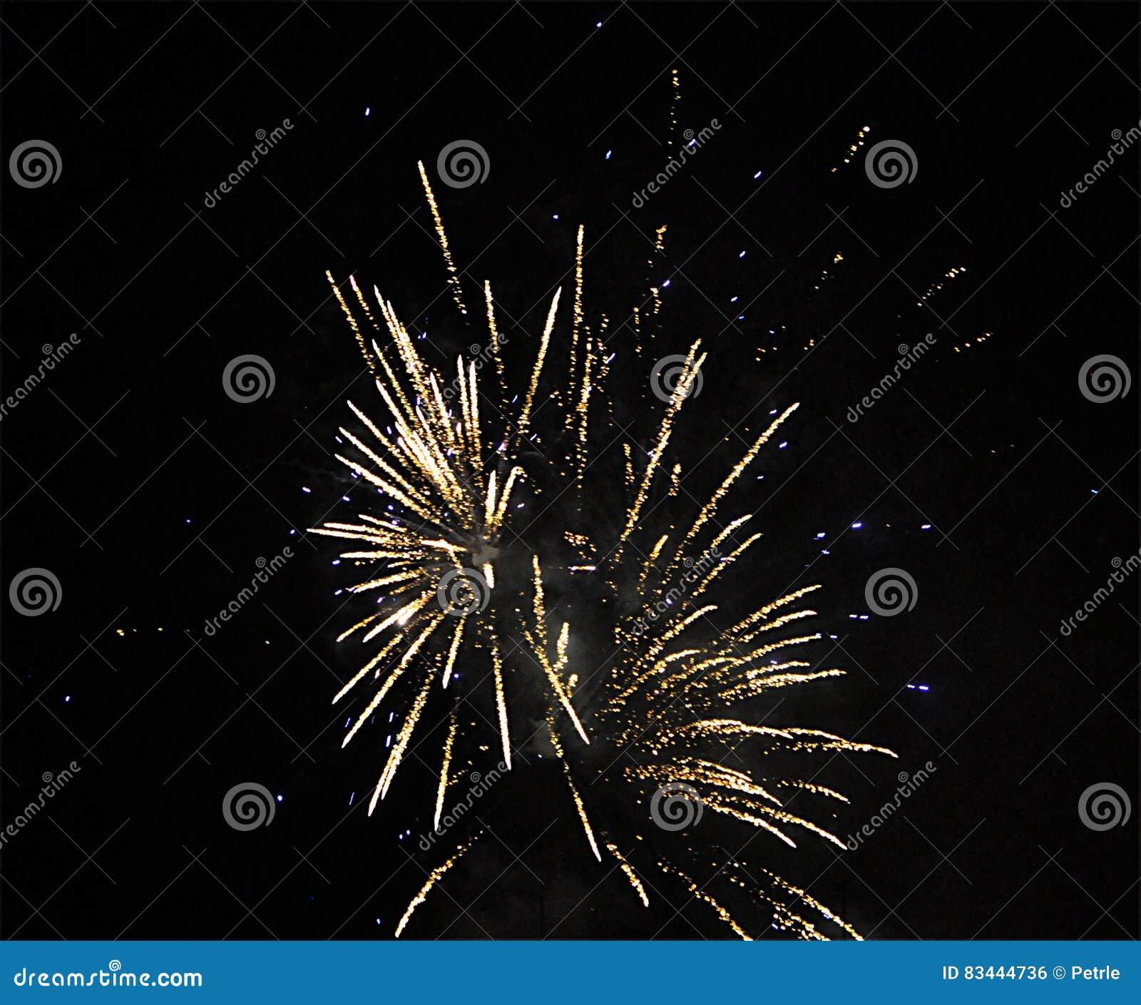 ` S Eve Fireworks do ano novo