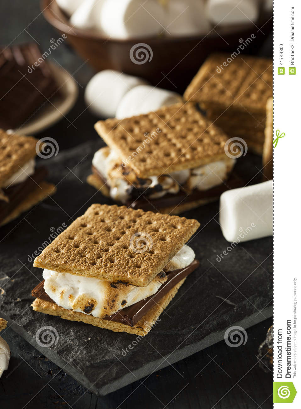 Homemade Chocolate Graham Cracker S'mores Recipes — Dishmaps
