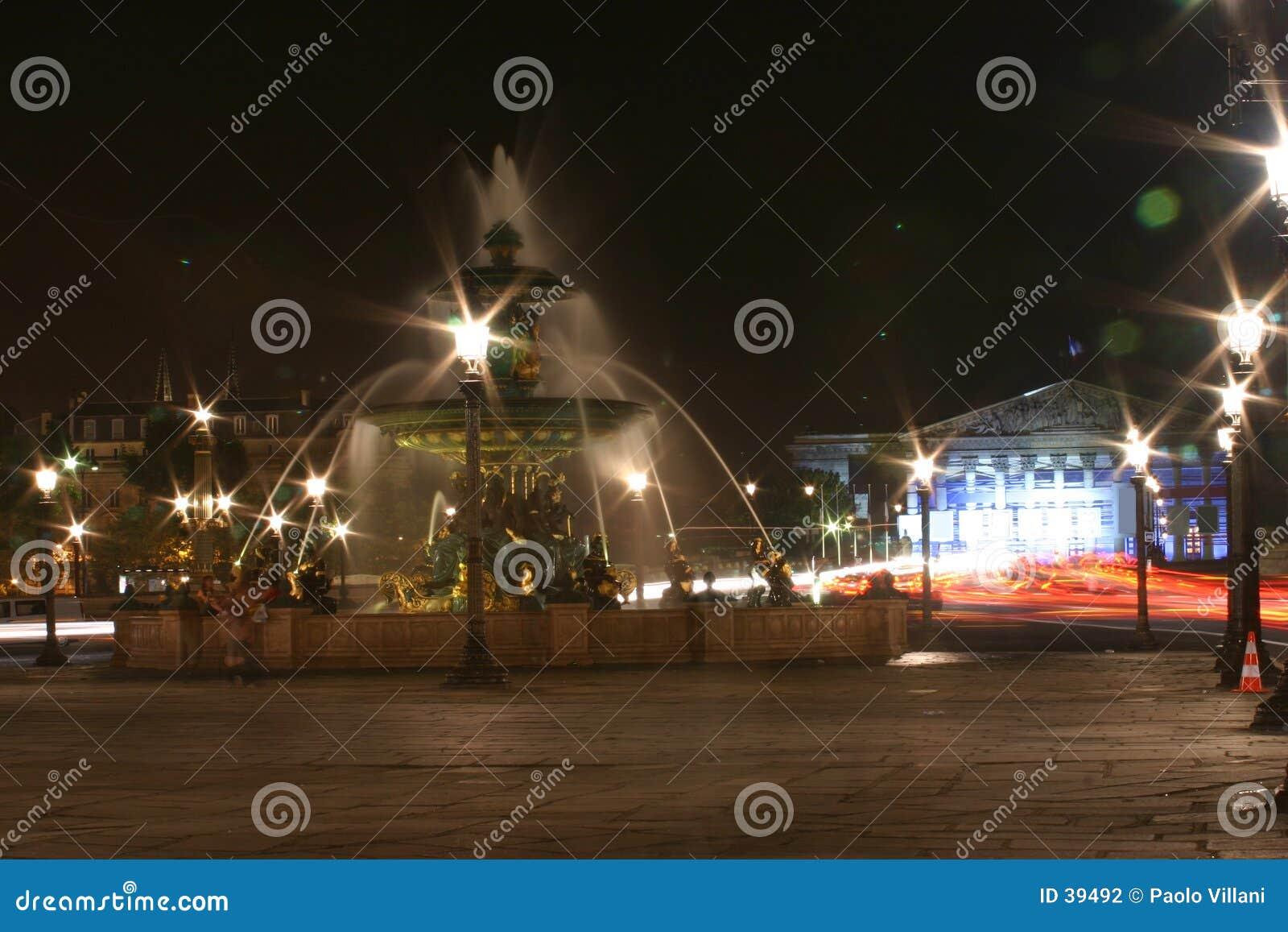 s nachts fontein
