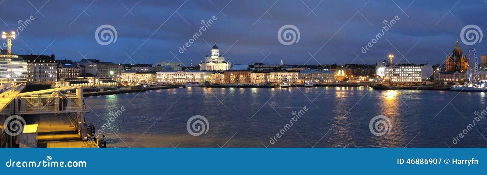 s nachts Helsinki