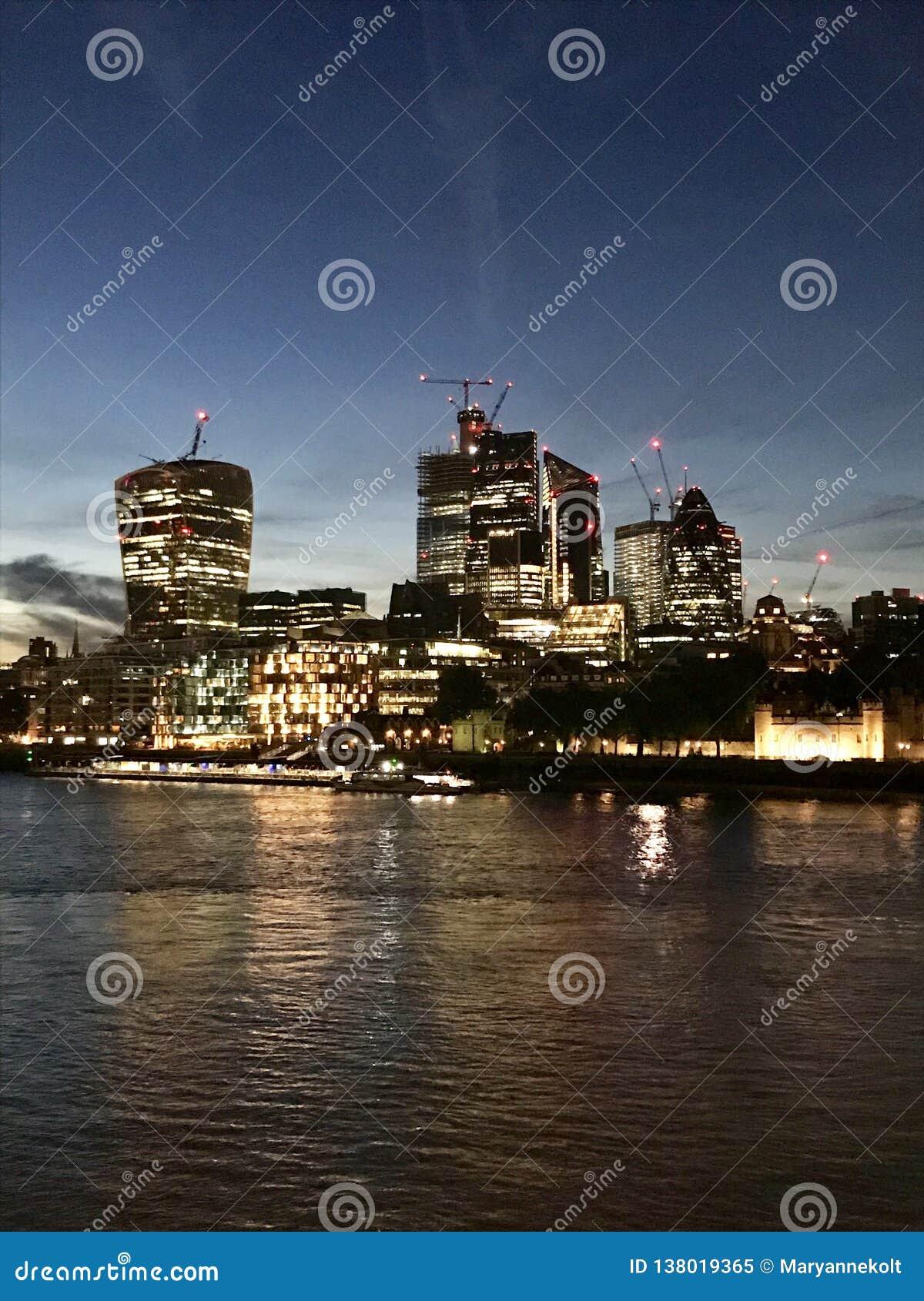 s nachts Londen