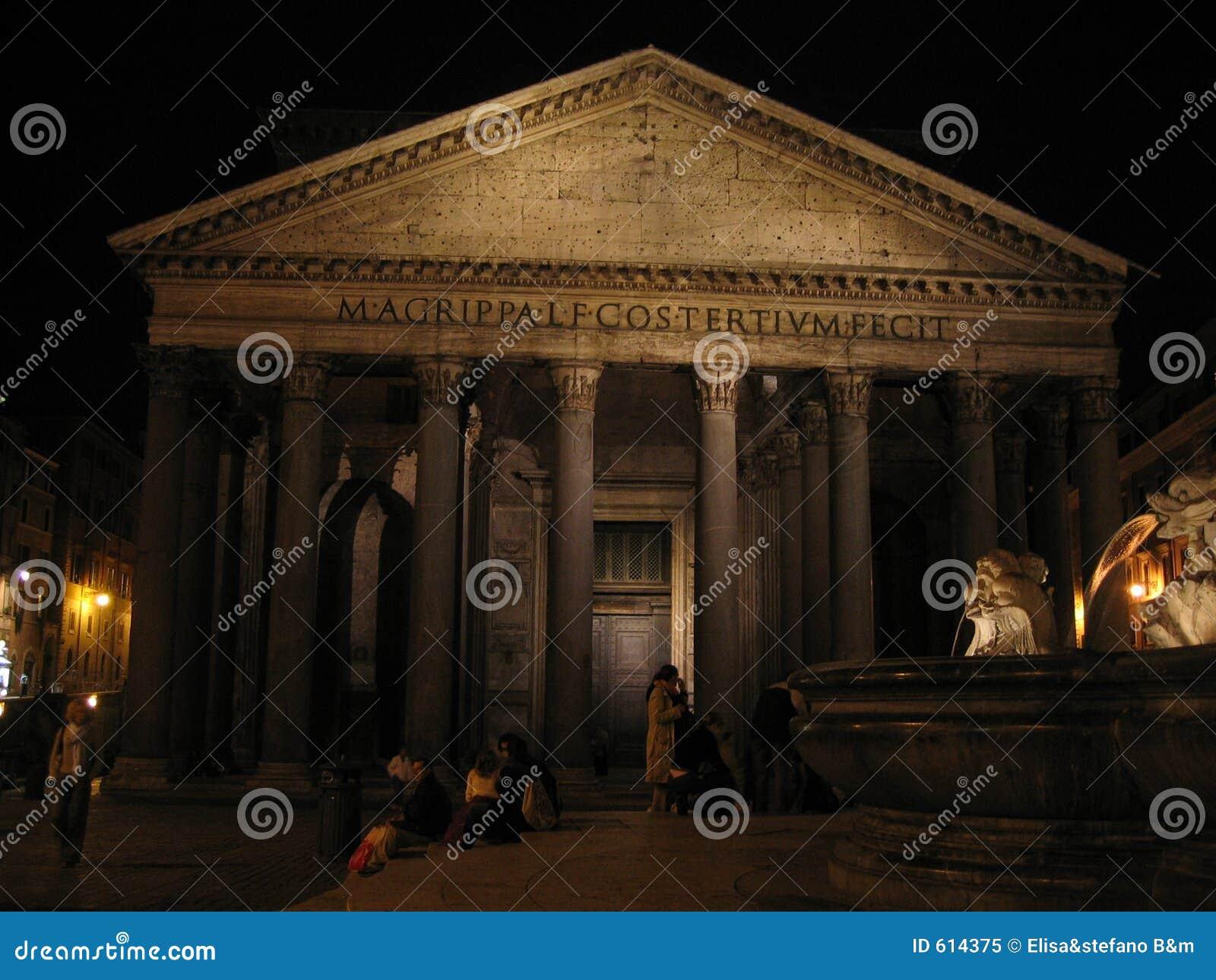 s nachts pantheon