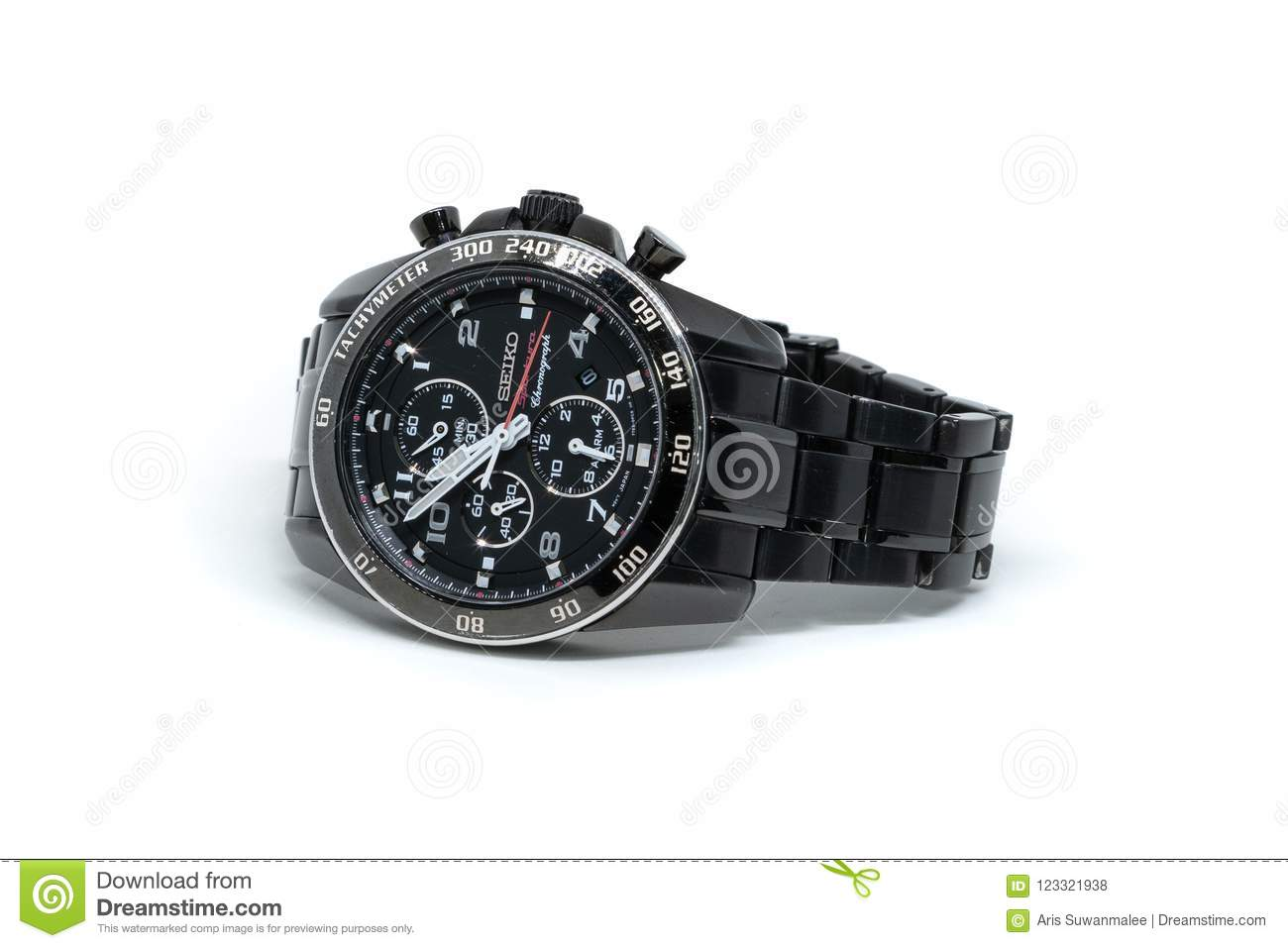 ` S Seiko Watch On White Background de los hombres negros