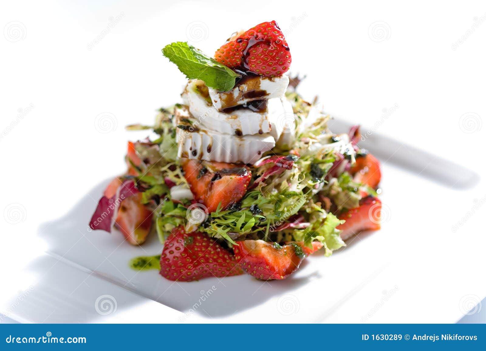 Sałatka truskawka
