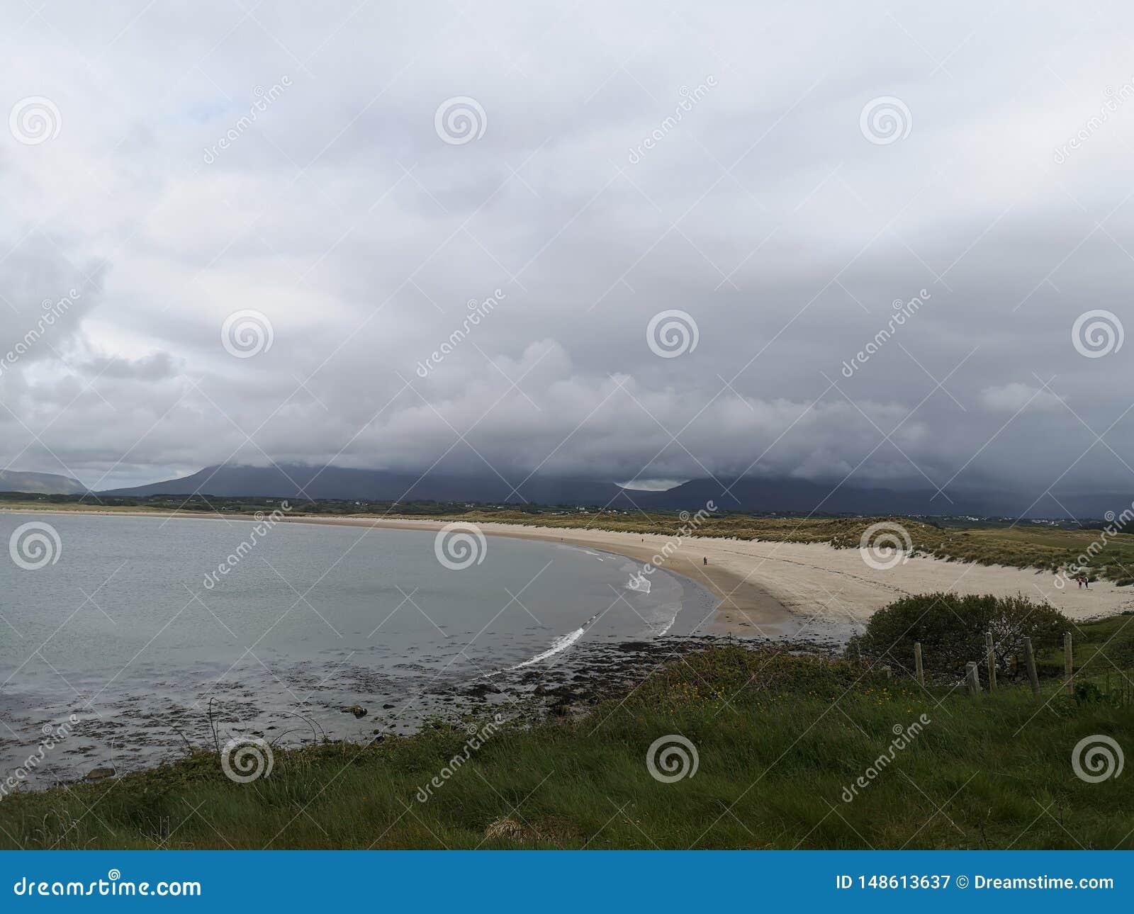 Sable l Océan Atlantique de mullaghmore de plage de l Irlande