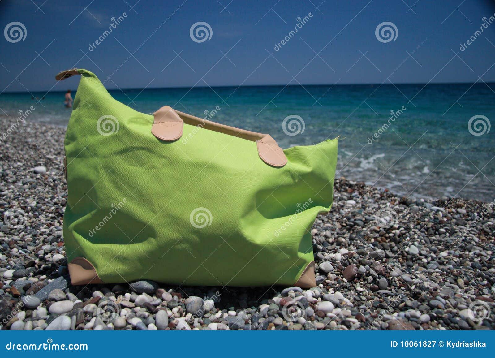 Saco da praia, sonhos das férias de verão