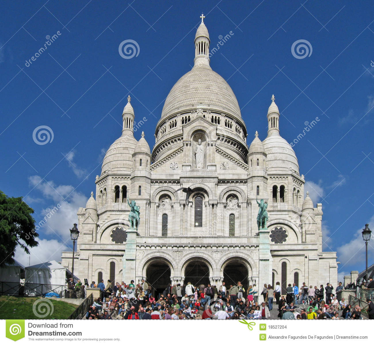 sacre coeur church facade editorial stock image image 18527204. Black Bedroom Furniture Sets. Home Design Ideas