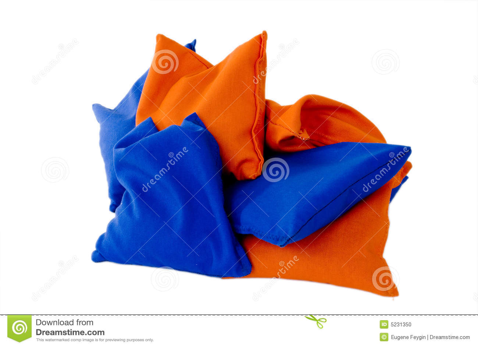 Des Sacs Oranges : Sacs de sable oranges et bleus photo stock image