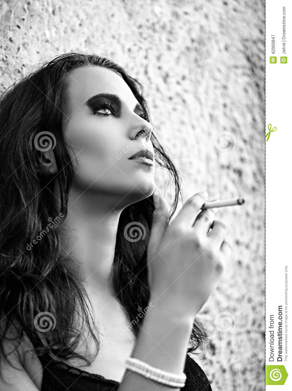 women smoking closeup actress - photo #44