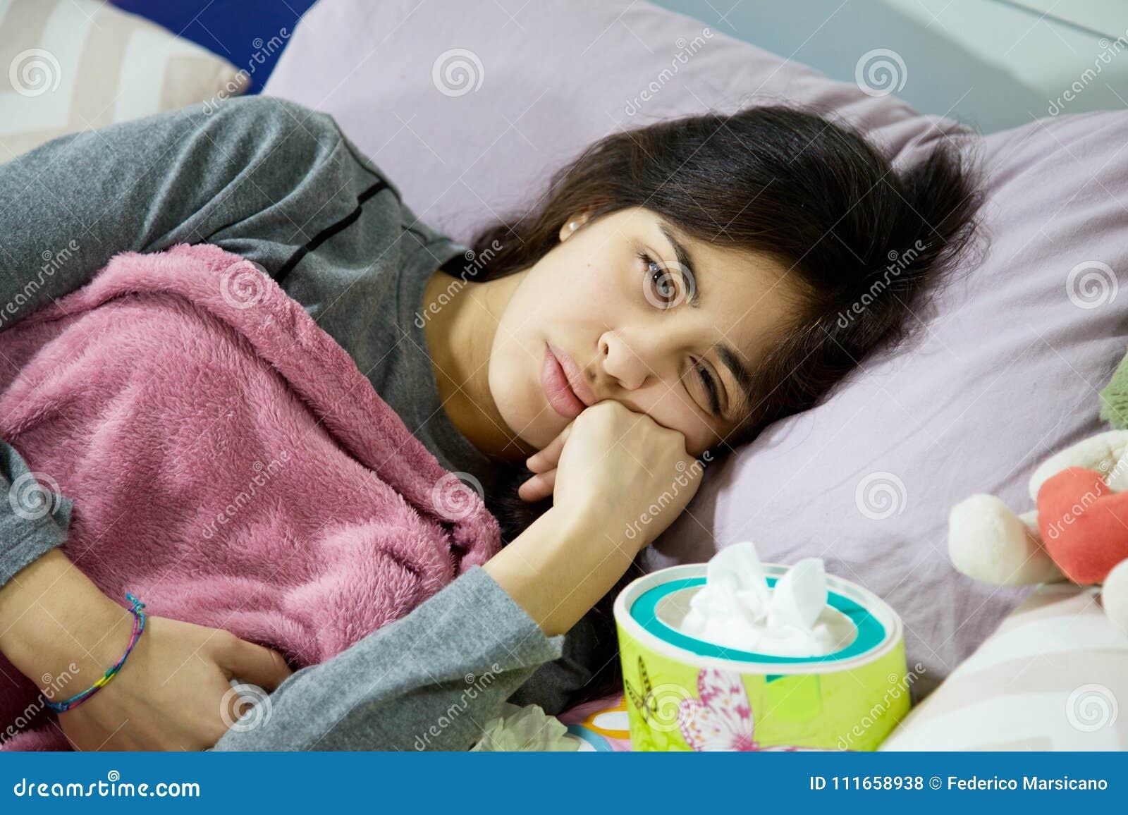 spanish women in bed