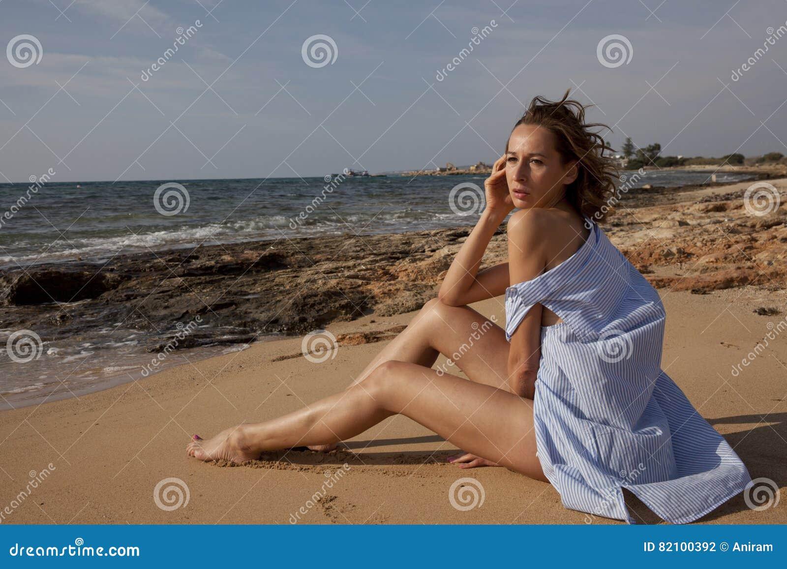 SAD kvinna för strand