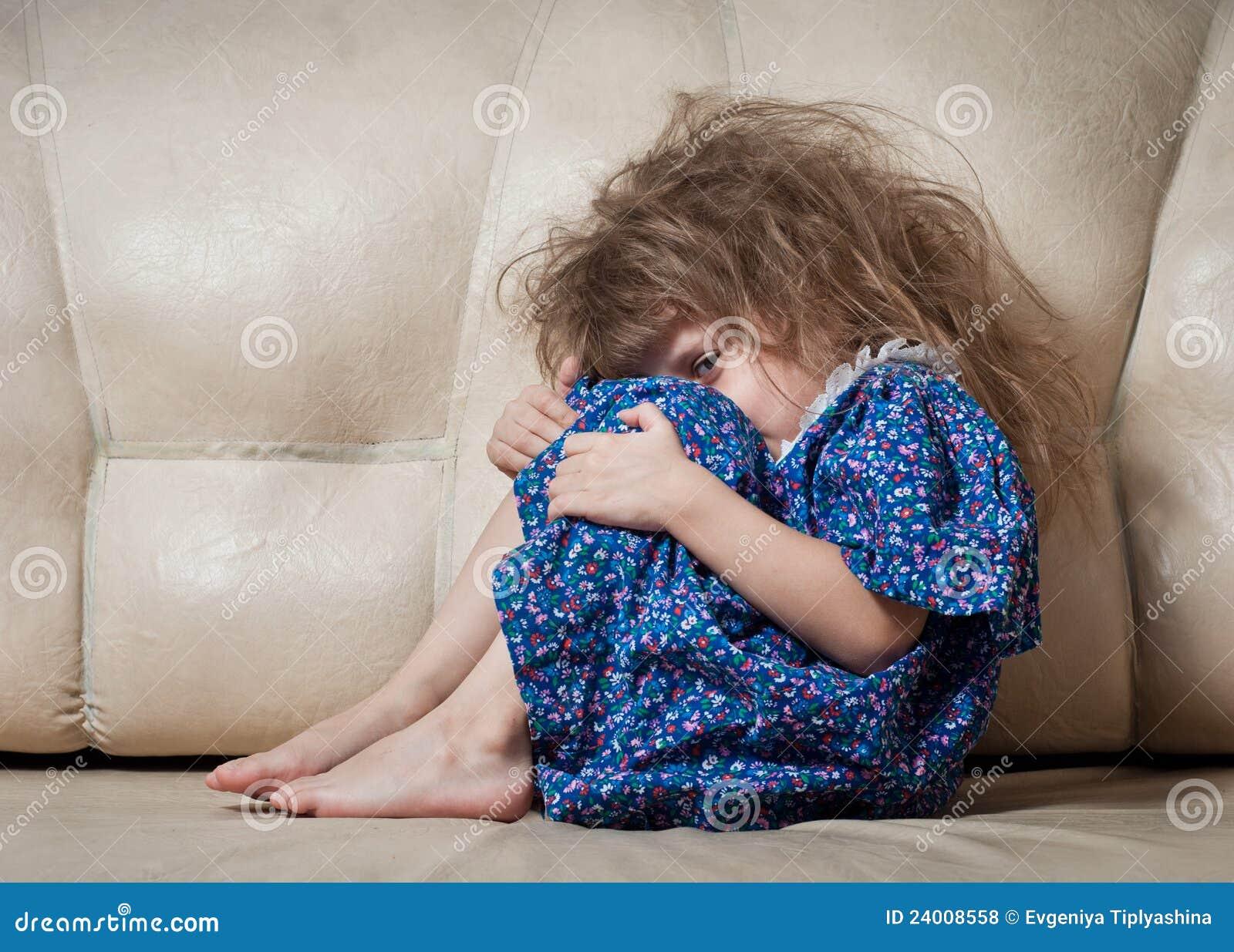 Трахал маленькую девку 24 фотография