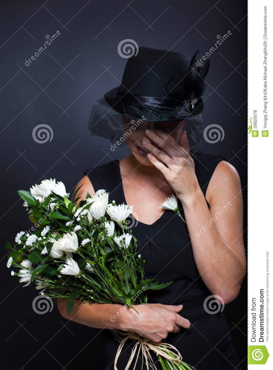 widow crying funeral royalty free stock photos