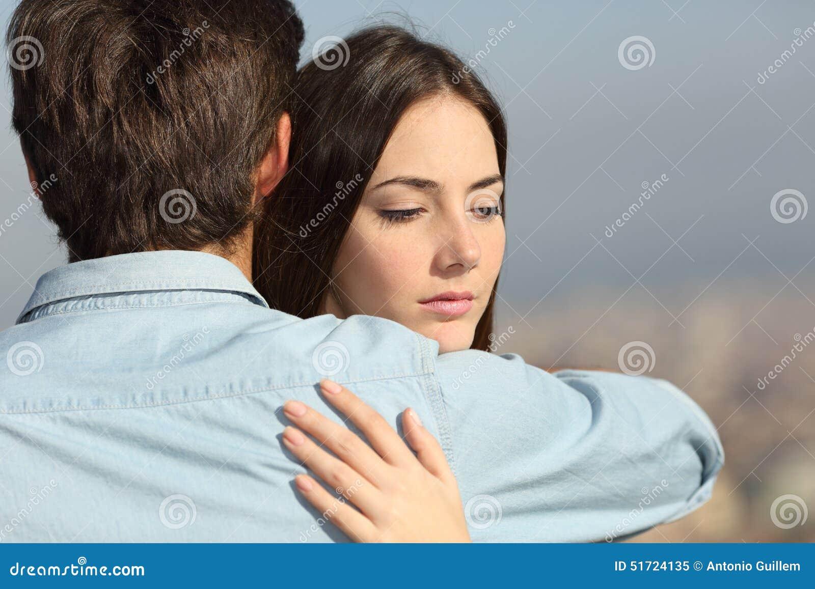 Парень с девушкой расстались фото