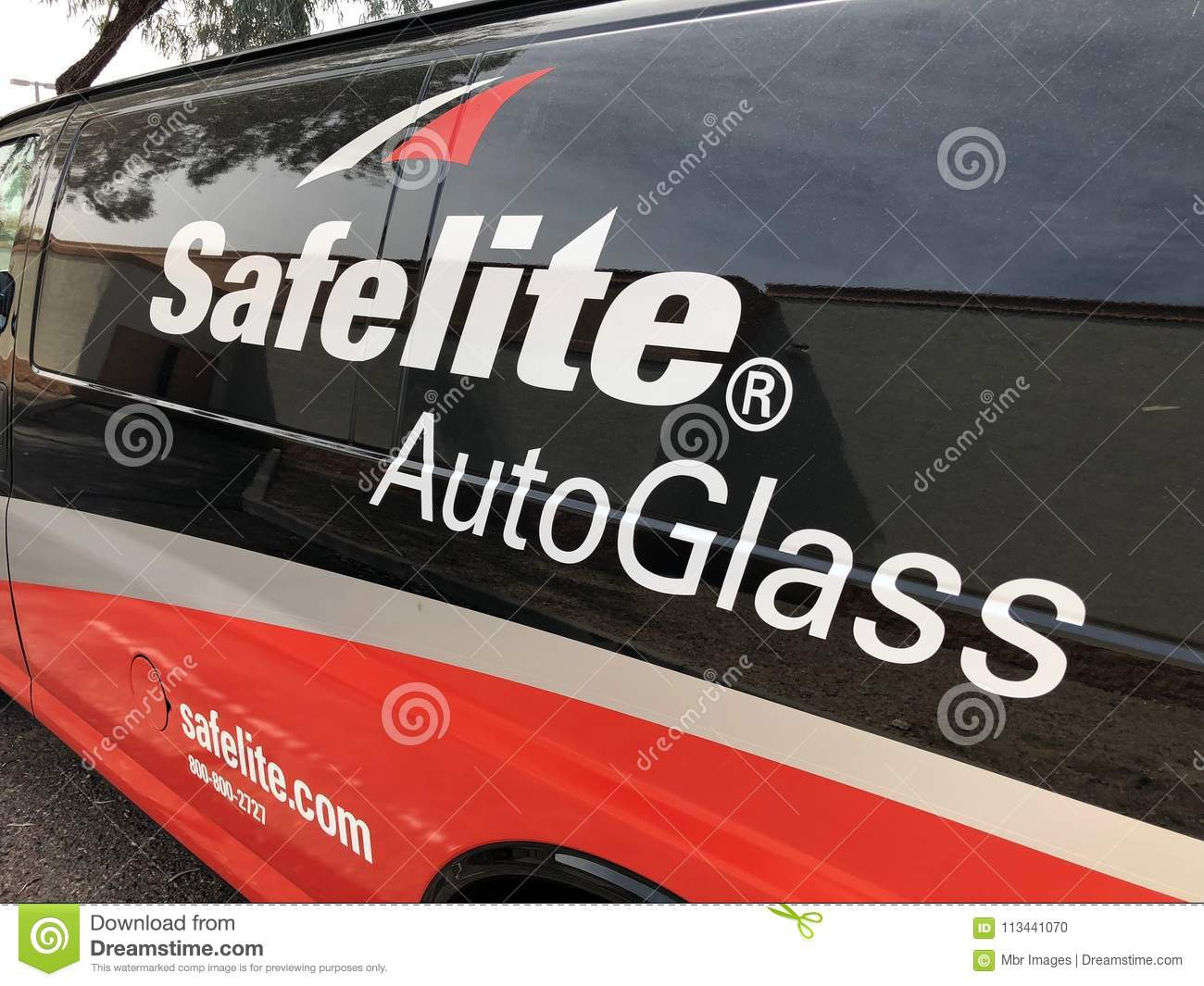 Download Safelite Auto Glass Editorial Image. Image Of Parking   113441070