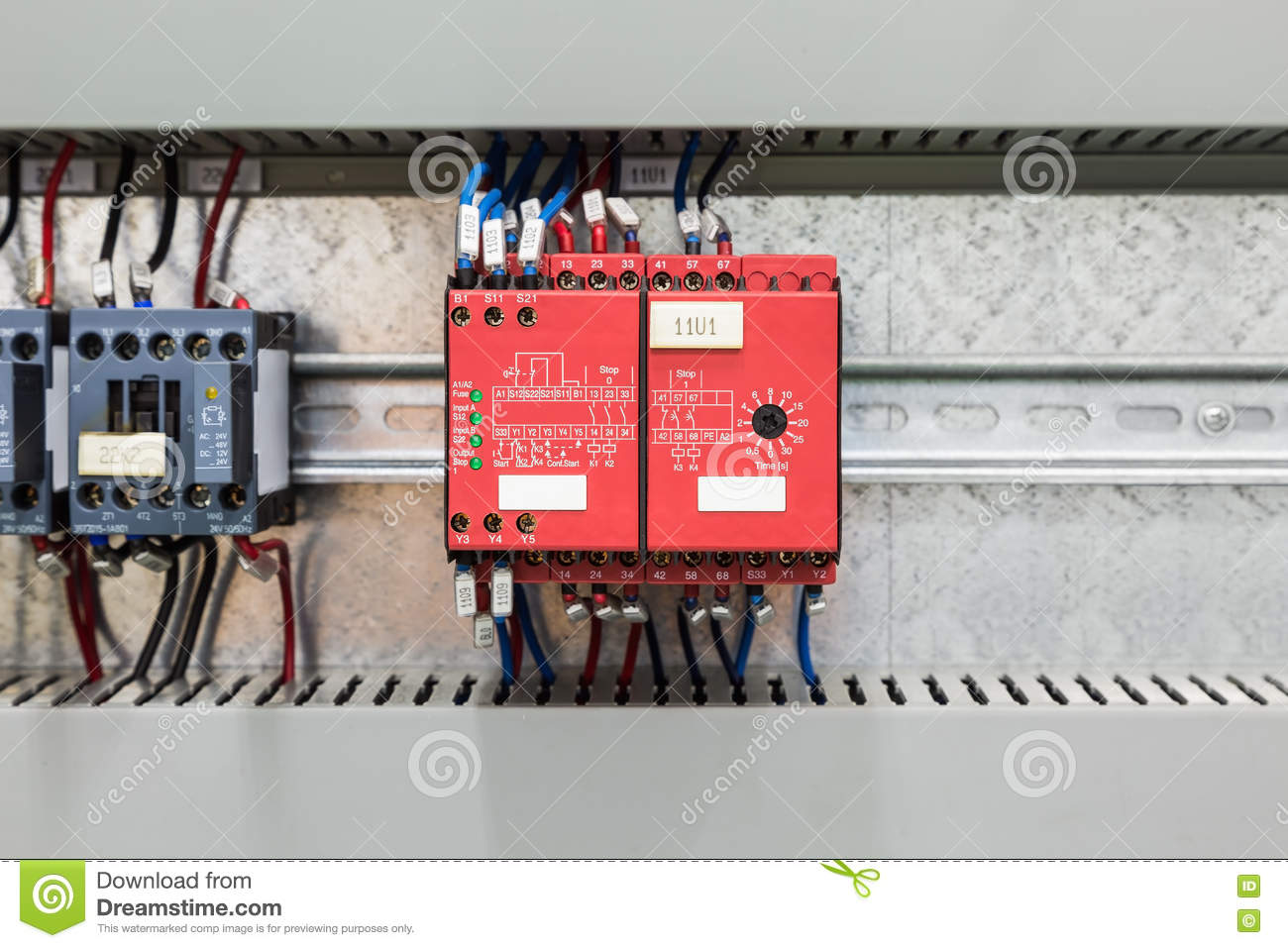 4 Pole Solid State Relay Wiring Diagram in addition Safety Relay Wiring For Emergency Stop Circuit together with Electrical Diagram Reversing Diagram 12 Vdc also Octal Relay Wiring Diagram besides Ac Dpdt Relay Wiring Diagram Ladder. on omron safety relay wiring diagram
