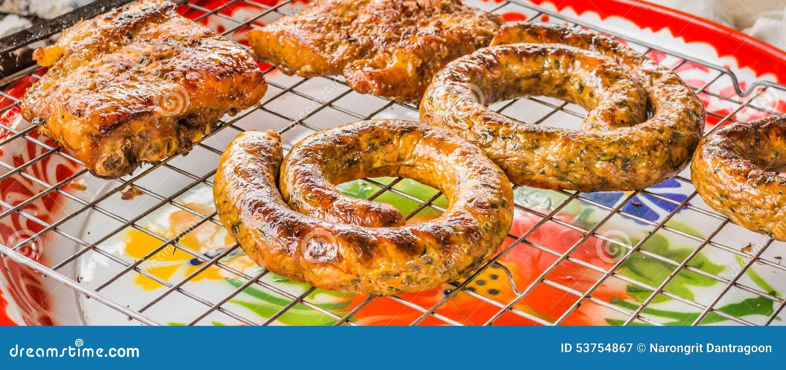 Sai Aua et porc grillé (saucisse épicée thaïlandaise de Notrhern), Chiang