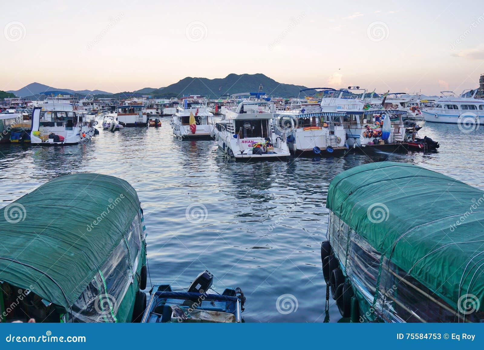 Sai Kung nos territórios novos de Hong Kong