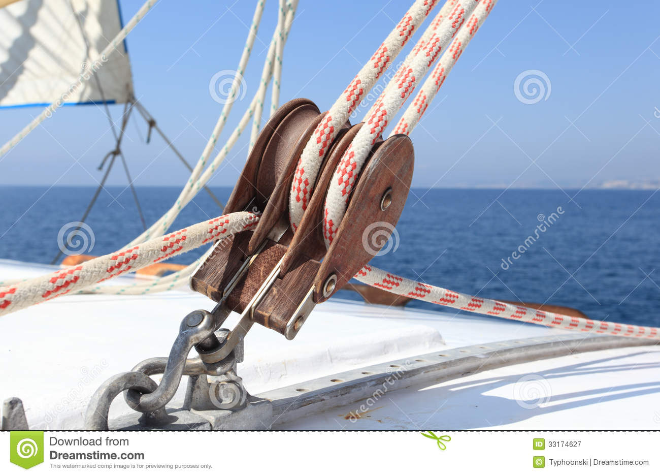Sailboat winch stock image. Image of white, rope, coiled - 33174627