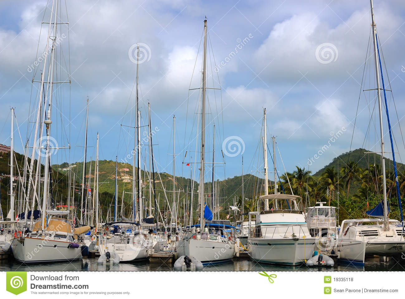 Sailboats In The Caribbean: Sailboats In The Caribbean Royalty Free Stock Photos