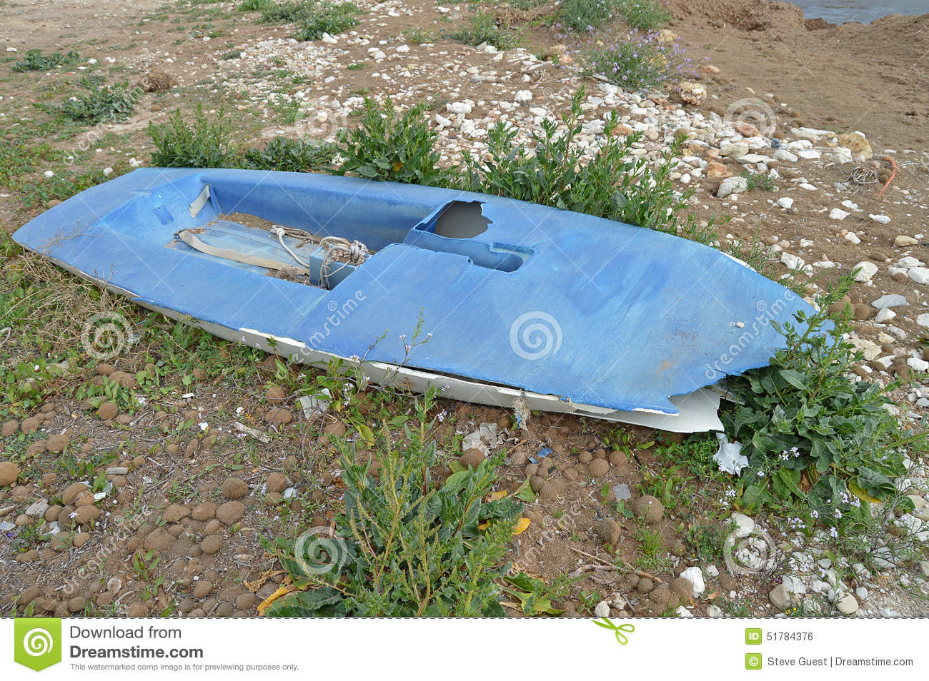 A Topper Sailing Dinghy Destroyed - Sail Boat Stock Photo - Image: 51784376