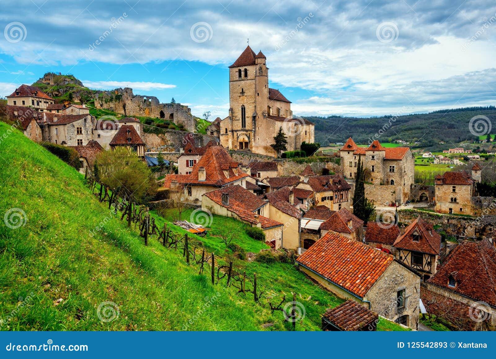 Saint-Cirq-Lapopie, Cahors, uma das vilas as mais bonitas o