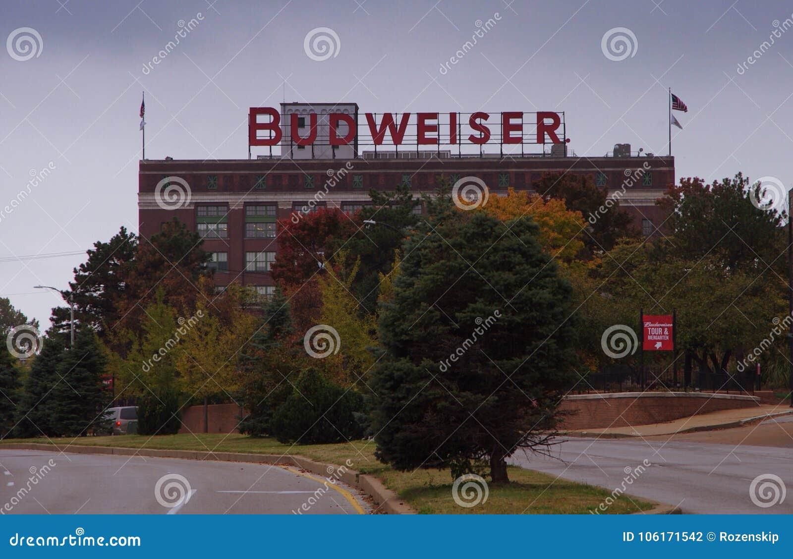Saint Louis, Mo 4 novembre, 2017, marque della fabbrica di birra di Budweiser dalla vista della via