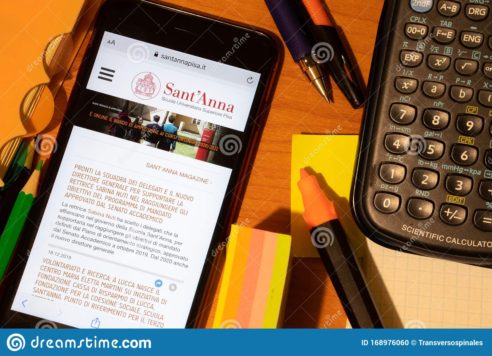 Ricerca Per Immagini Mobile saint-petersburg, russia - 10 january 2020: phone screen