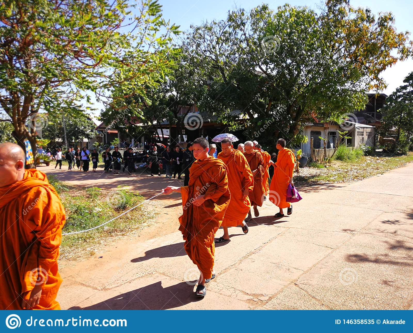 Sakon Nakhon Tailandia rituales budistas de marzo de 2019 relacionados con las muertes fúnebres en Tailandia rural