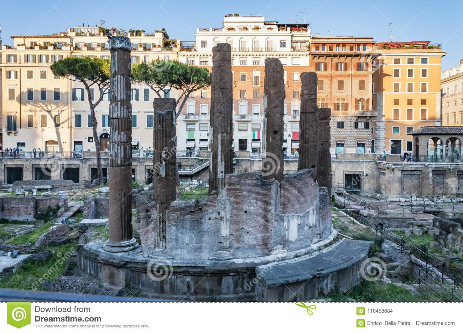 Sakralt område för romare, tempel i piazza Argentina