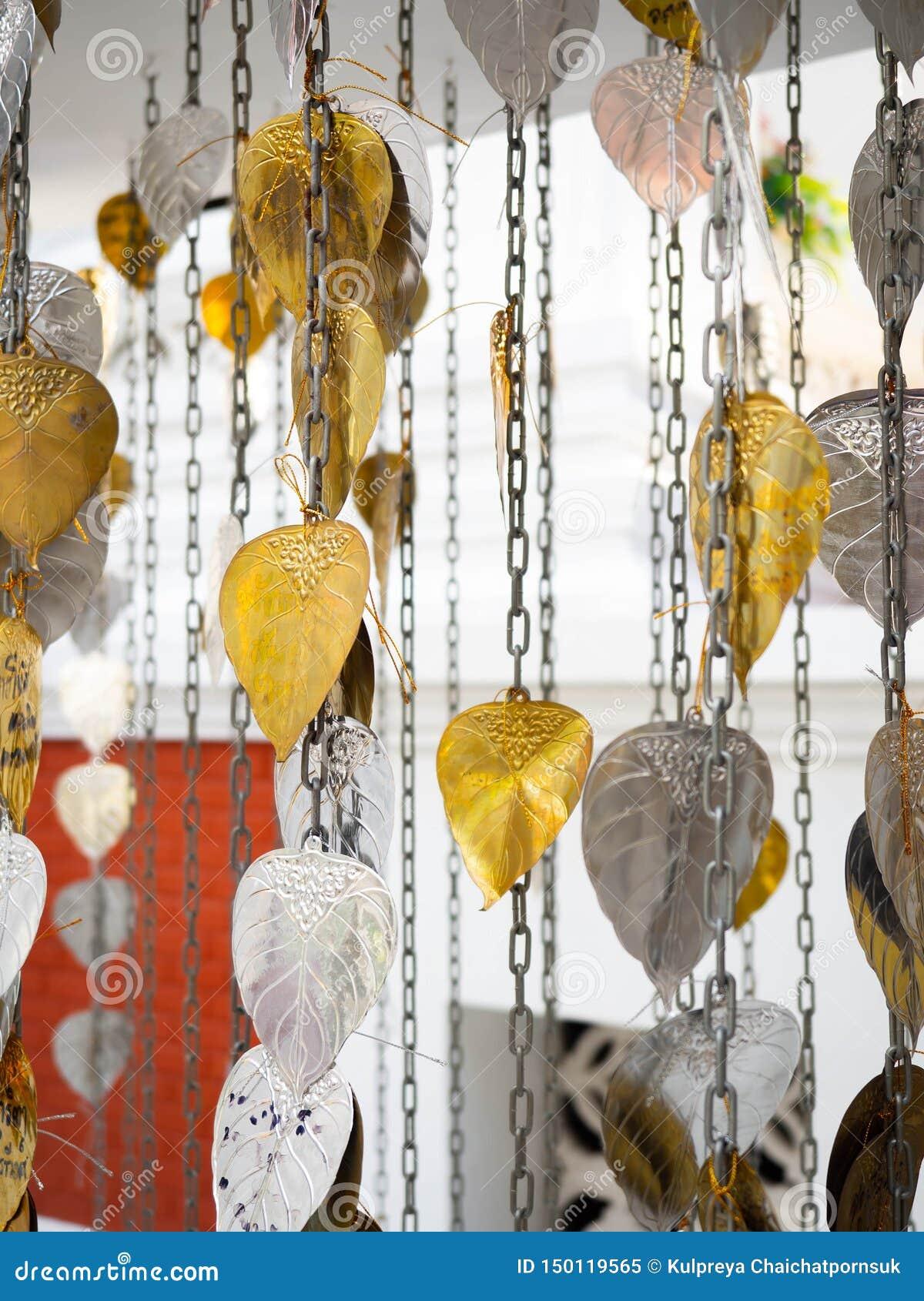 Sakralt träd Bodhi för guld- och silverblad för den Hindus buddisten