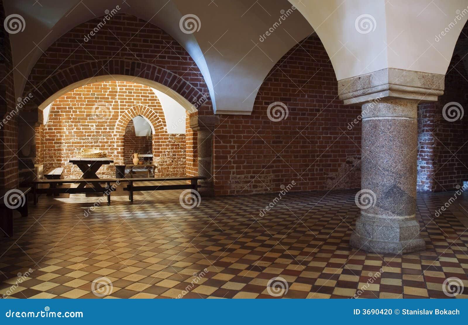Salão com coluna