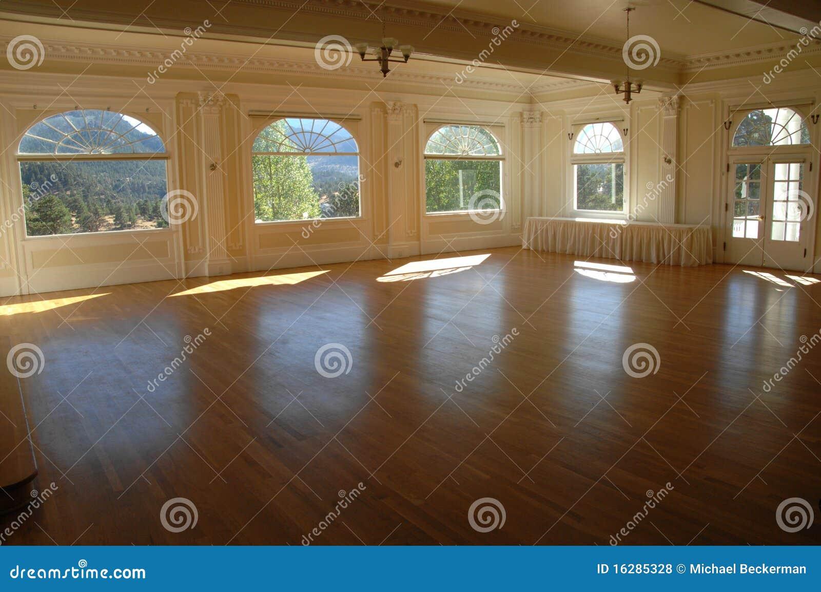 Salão de baile grande