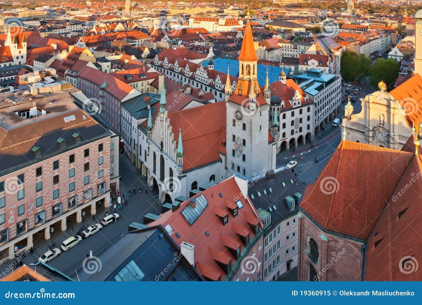 Salão de cidade velho de Munich