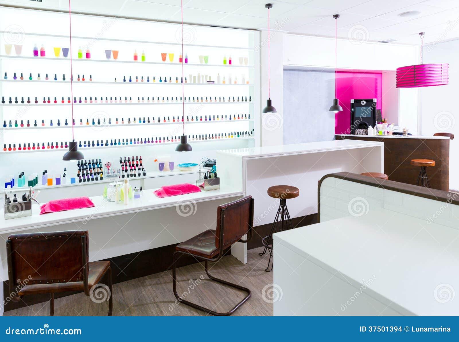 Sal n del clavo y de la pedicura moderno con el esmalte de for Aplicacion para decoracion de interiores