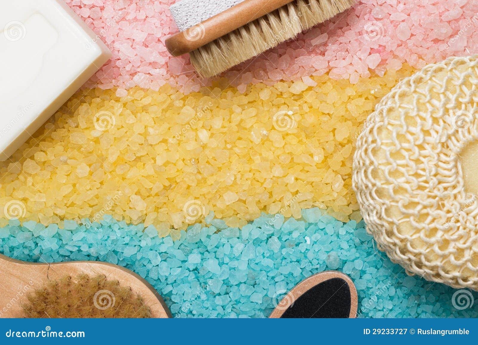 Download Sal De Banho E Acessórios Amarelos Azuis Cor-de-rosa Do Banho Imagem de Stock - Imagem de escova, produto: 29233727
